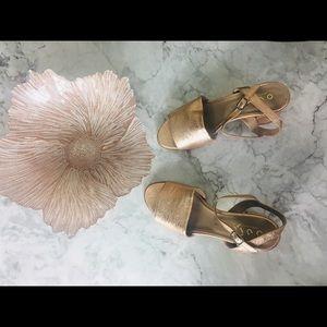 Ouigal rose pink metallic sandals heels size 40
